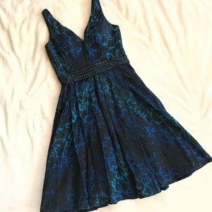 Carmen Marc Valvo Blue Jacquard Sleeveless Dress